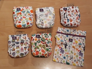 Milovia nappy designs and carry bag